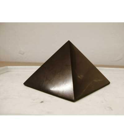 Piramide Shungit 3x3 cm. pulida